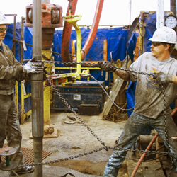7_Hazards_Of_Oil_And_Gas_Extraction-Creative_Safety_Supply-250x250